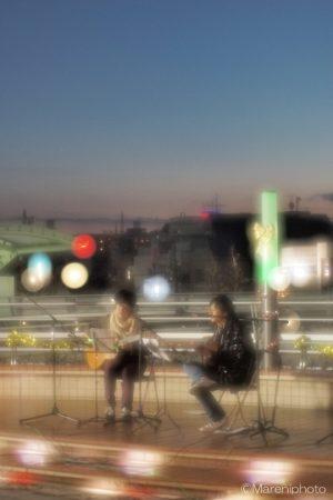 野外ステージでのギター演奏会