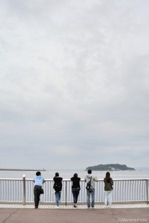 海辺の5人