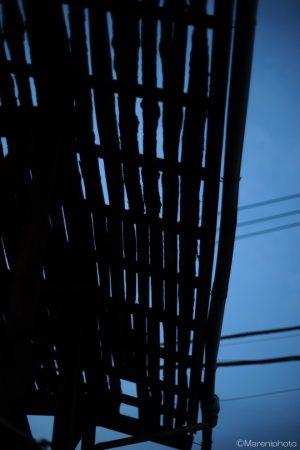 屋根瓦を外した屋根