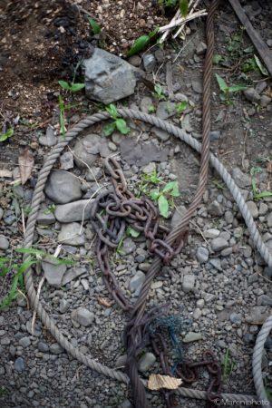 鎖とロープ