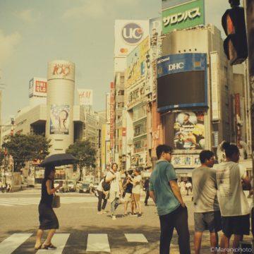 渋谷スクランブル交差点の撮影隊