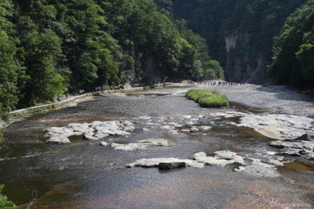 吹割の滝 遠景