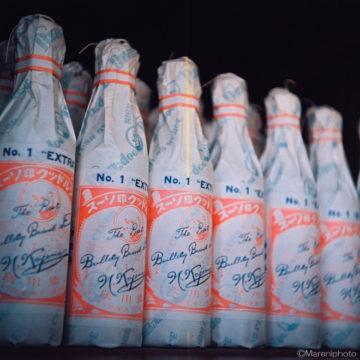並んだソースの瓶